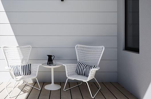 house-exterior-porch
